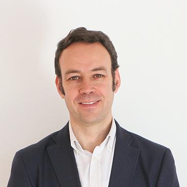 Cavero José Luis Director General