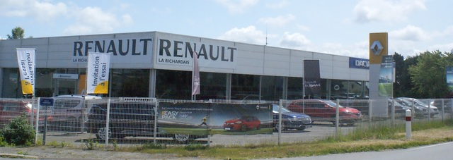 RENAULT DINARD - LS Group