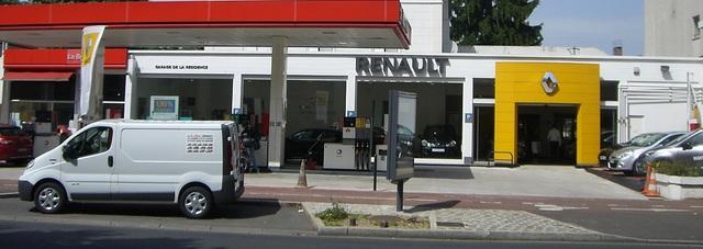 RENAULT CHATOU