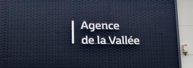RENAULT GARAGE DE LA VALLEE