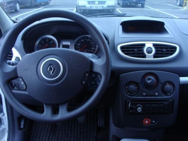 Intérieur CLIO Expression Clim BLANC