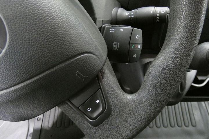Inside Movano Furgón Diesel  Blanco