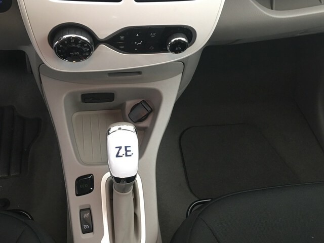 Inside Zoe Societé  Blanco
