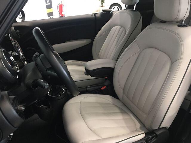Inside  F57 Cabrio Diesel  Moonwalk Grey
