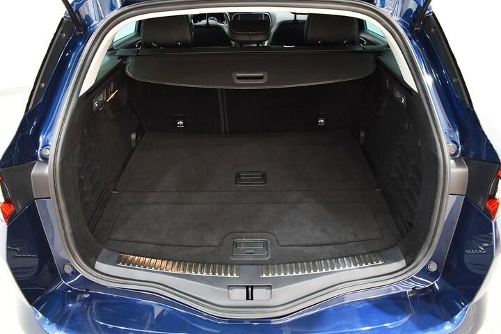 Inside Mégane Sport Tourer Diesel  Azul oscuro