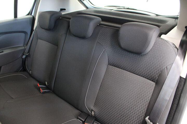 Inside Sandero Diesel  Gris Higland