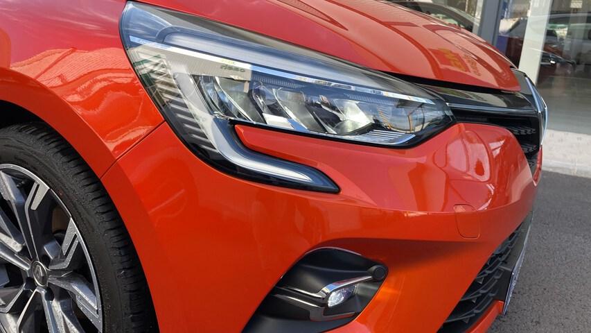 Outside Clio Diesel  Naranja Valencia