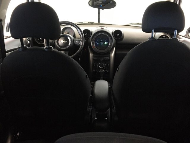 Inside  R60 Countryman Diesel  Light White