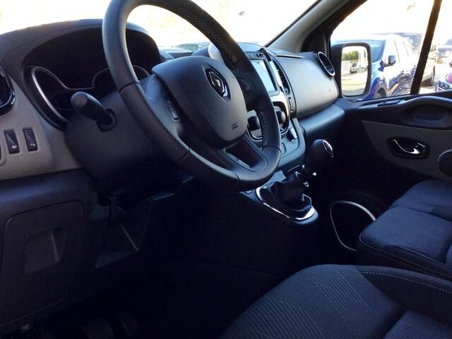 Inside Trafic Combi Diesel  Gris