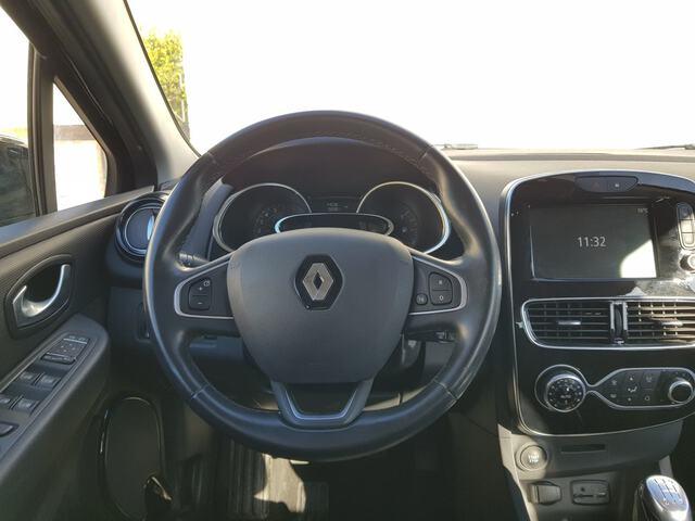 Inside Clio  Negro
