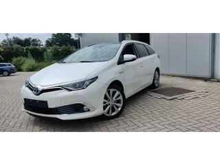 Toyota - Auris Touring Sports