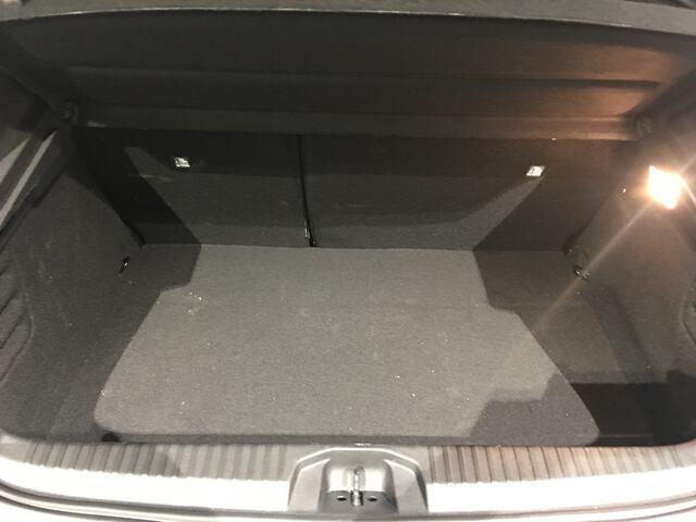 Inside Clio Híbrido  GRIS