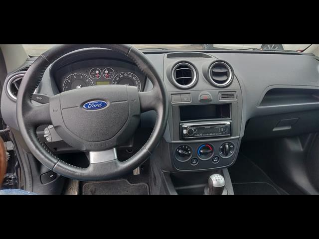 FORD Fiesta 01196603_VO38023377