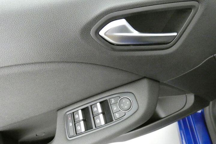 Inside Clio Híbrido  Azul Rayo