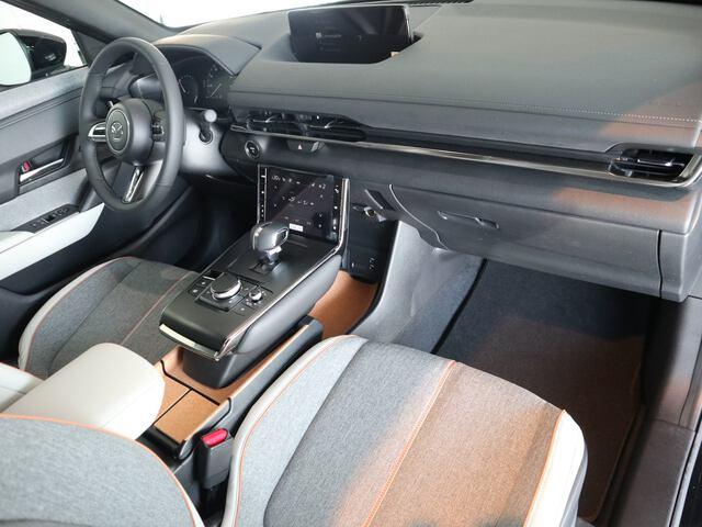 Inside MX-30 2020  NEGRO