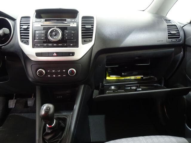 Inside Venga Diesel  Cassa White