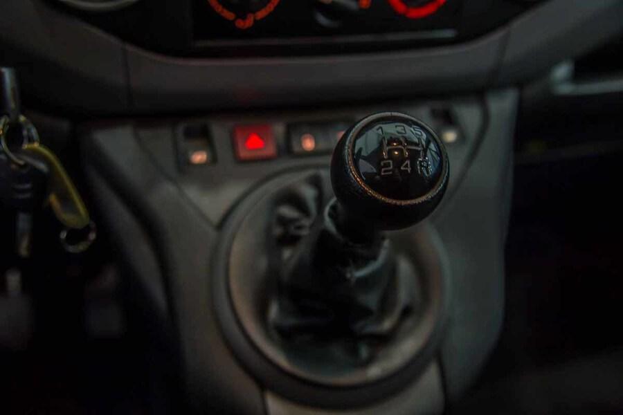 Inside Berlingo Furgón Diesel  Blanco Banquise