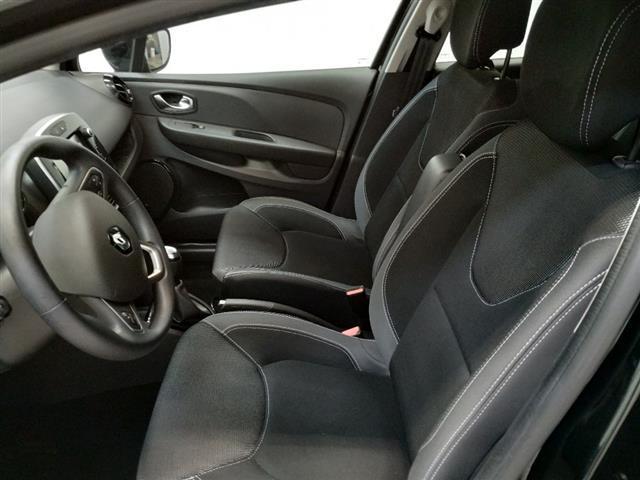 RENAULT Clio Sporter 00410291_VO38013054