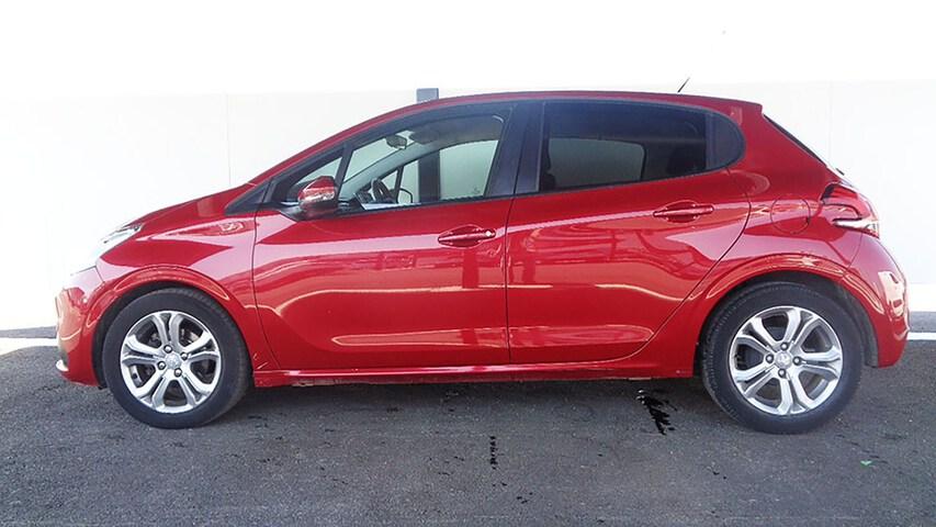 Outside 208 Diesel  Rojo Rubí