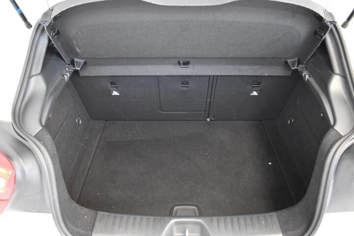 Inside Clase A W176 Diesel  BLANCO