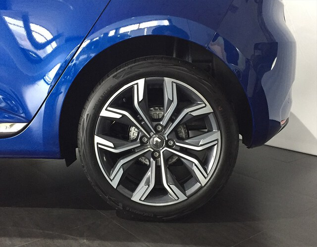 Outside Clio Diesel  Azul Rayo