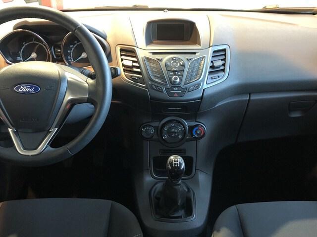 Inside Fiesta Diesel  Negro