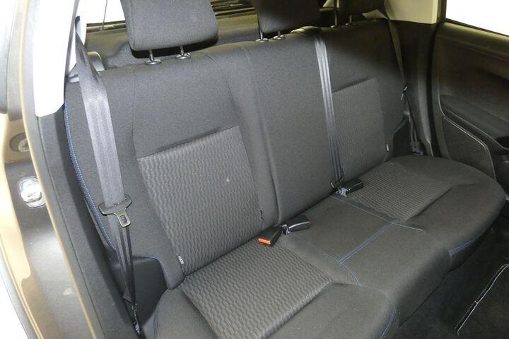 Inside 208  Gris Platinum