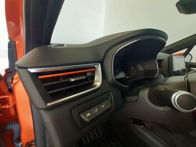 Inside Clio  Naranja