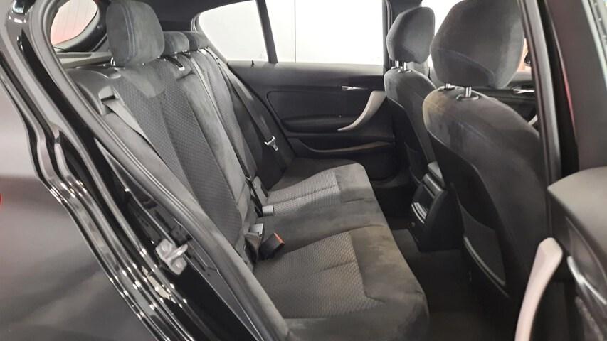 Inside Serie 1 F20 5p. Diesel  Saphirschwarz