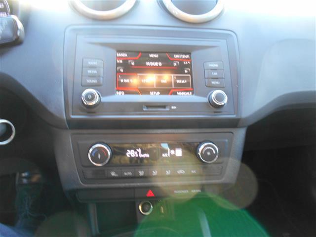 SEAT Ibiza 02127956_VO38043211