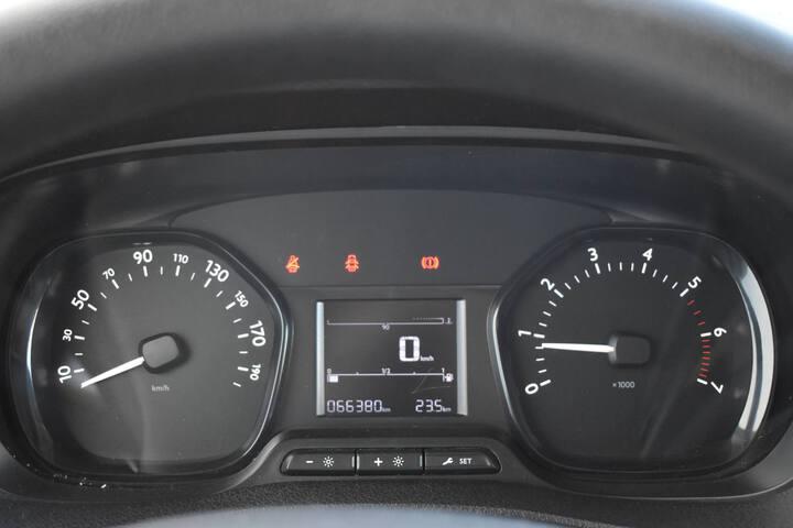 Inside Expert Furgón Diesel  BLANCO
