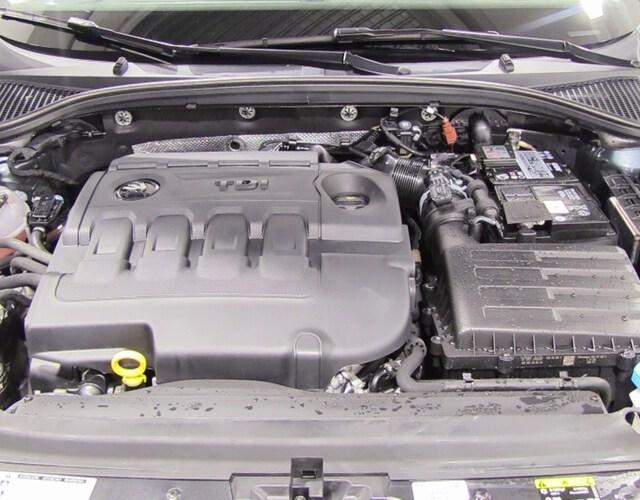 Inside Octavia Diesel  Gris Metal Metalizad