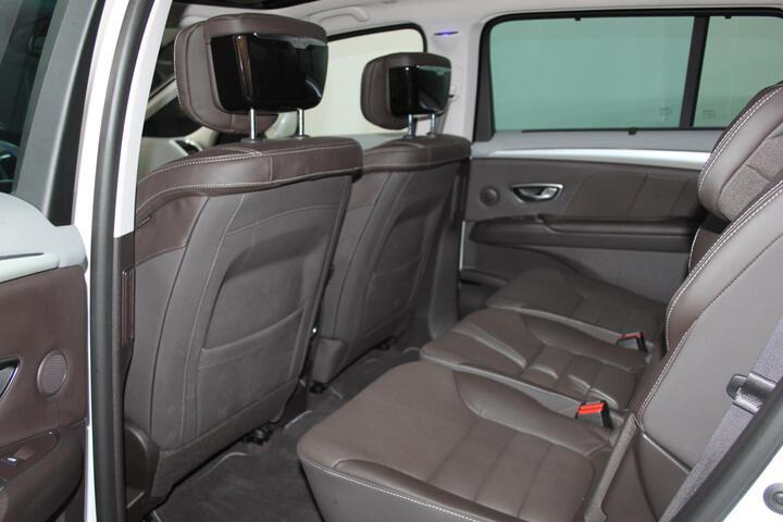 Inside Espace Diesel  BLANCA