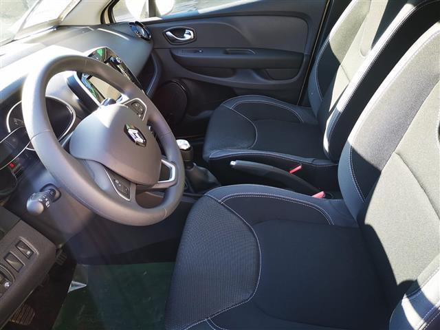 RENAULT Clio Sporter 00335794_VO38053733