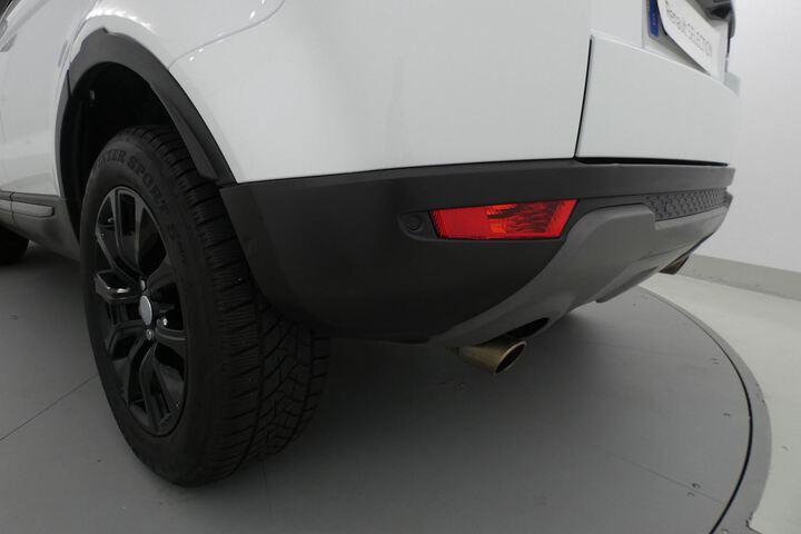 Outside Range Rover Evoque Diesel  Yulong White