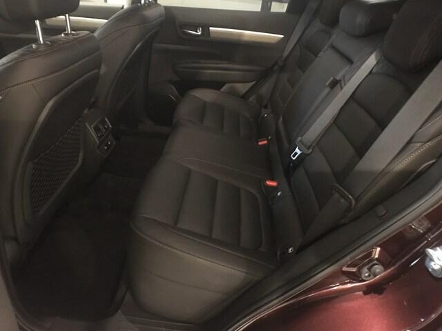 Inside Koleos Diesel  Rojo Vintage