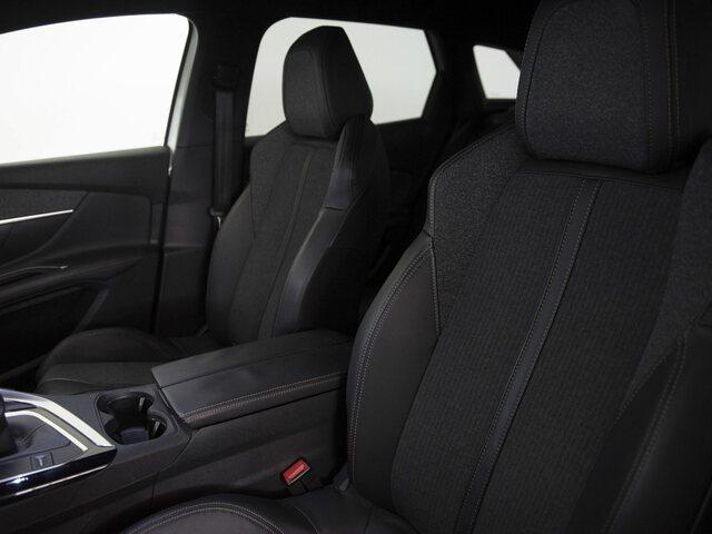 Inside 3008 Diesel  Blanco