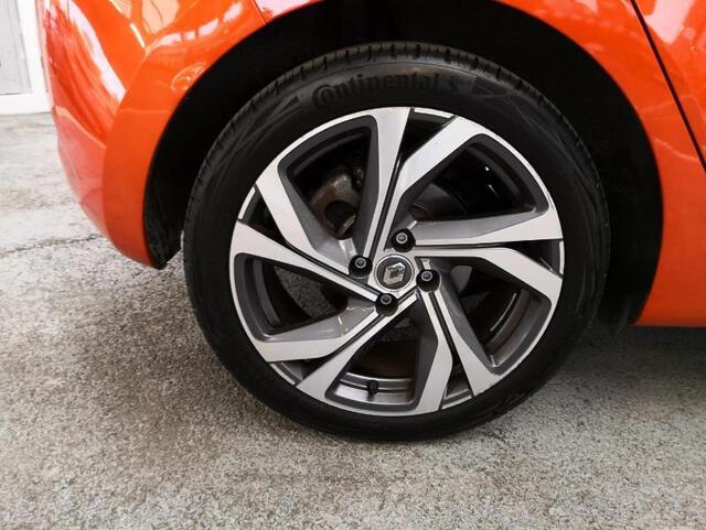 CLIO RS Line orange valencia