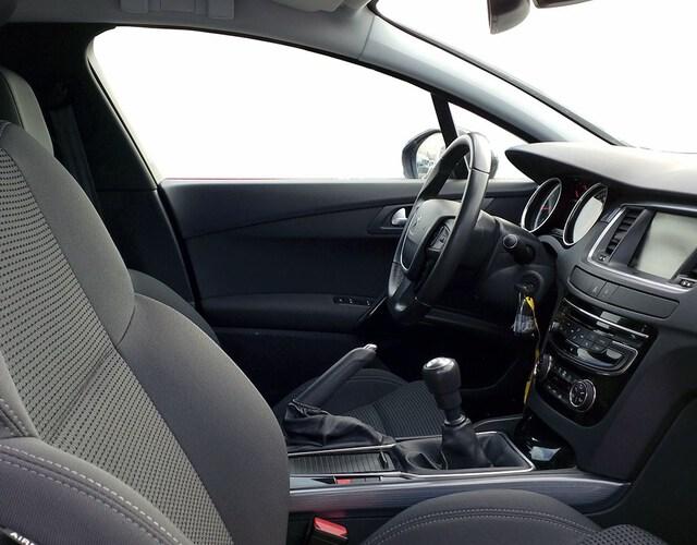 Inside 508 SW Diesel  Negro Perla Nera