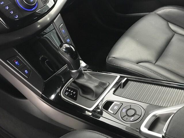 Inside i40 CW Diesel  White Crystal
