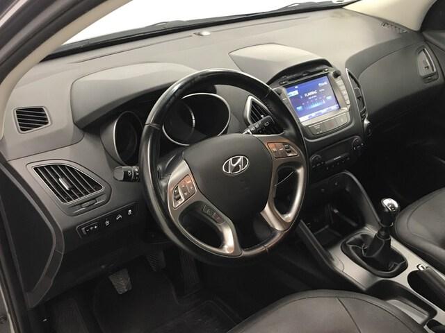 Inside ix35 Diesel  Cashmere Brown