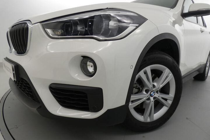 Inside X1 F48 Diesel  Blanco
