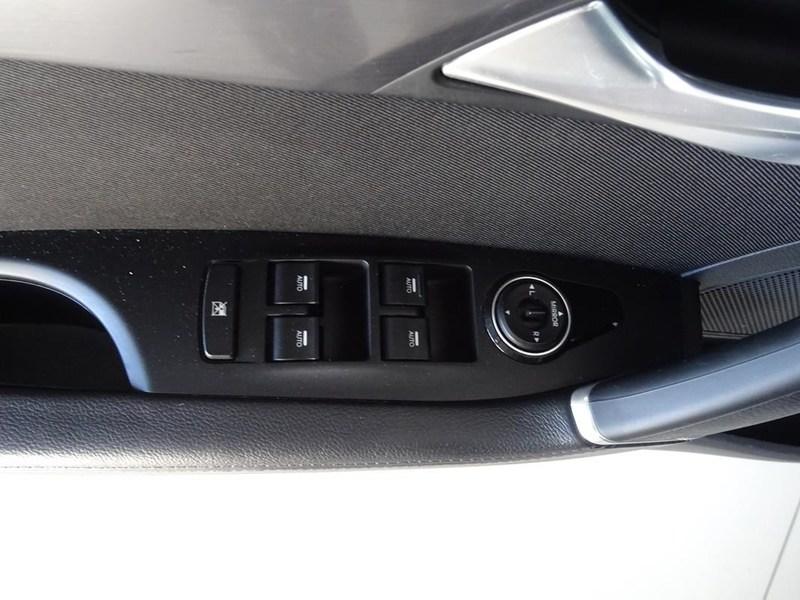 Inside i40 Diesel  White Crystal