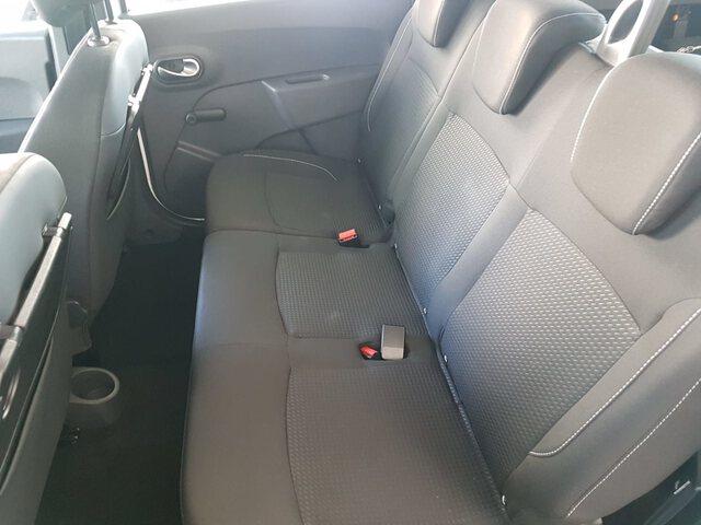 Inside Lodgy Diesel  Blanco