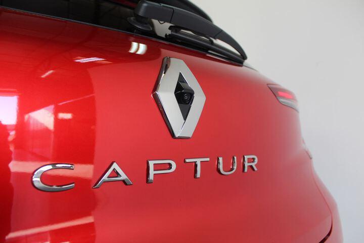 Outside Captur Diesel  Rojo
