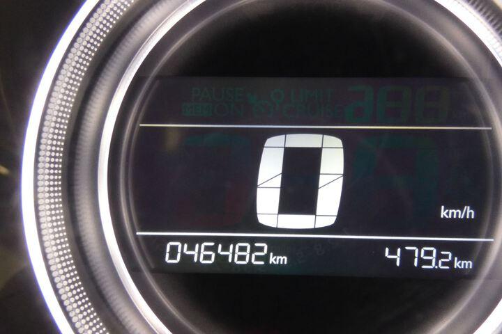 Inside C4 Diesel  Blanco
