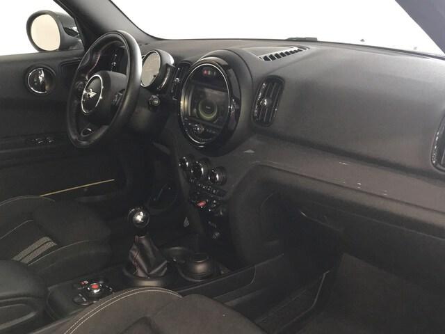Inside  R60 Countryman  Midnight Grey
