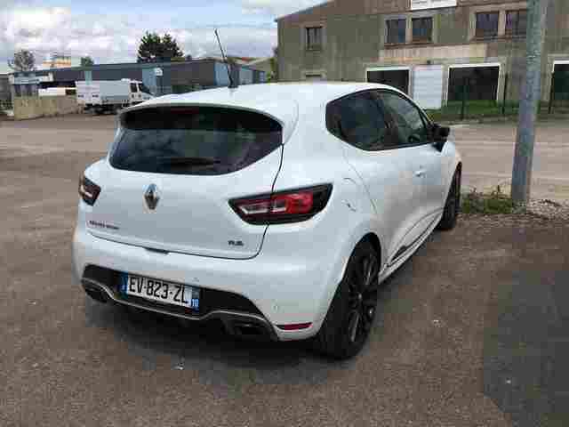 CLIO RS Trophy BLANC