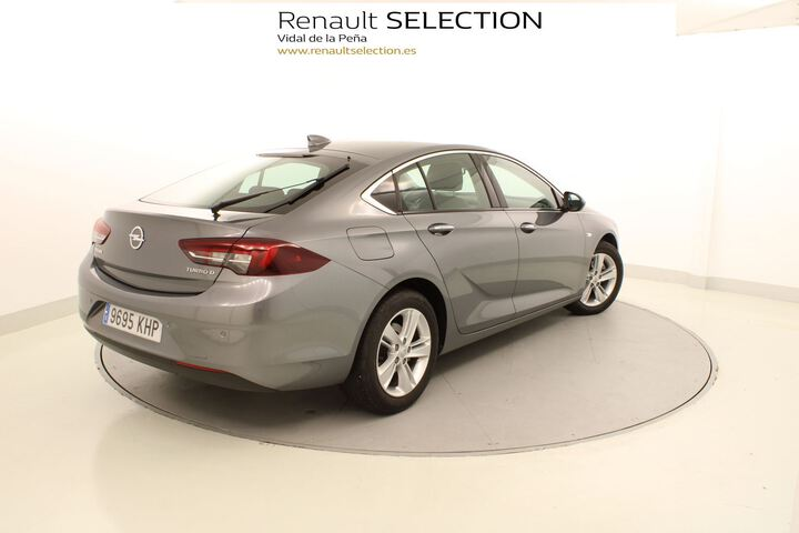 Outside Insignia Grand Sport Diesel  Gris