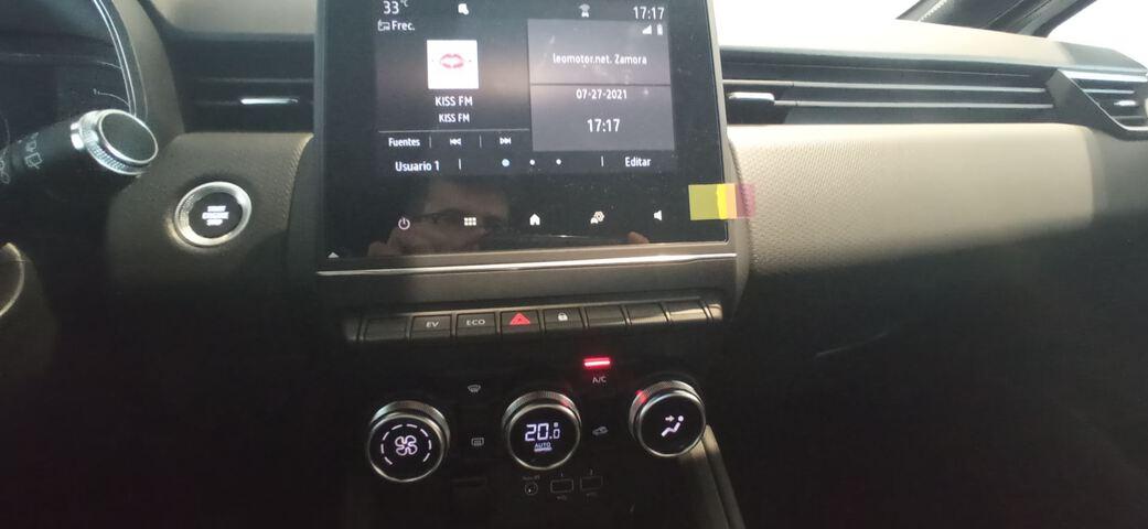 Inside Clio Híbrido  BLANCO